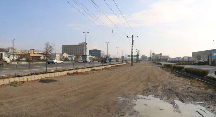 اجرای عملیات عمرانی در ۸۵۰ متر از مسیرگشایی باند کندرو جاده تهران