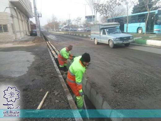 خدمات محلهای با نخاله برداری و پاکسازی کانال ها ادامه دارد