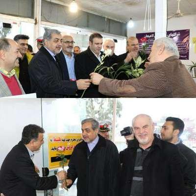 همزمان با 26آذر روز حمل و نقل ، فرماندار، شهردار،رئیس و اعضای شورای شهر با حضور در پایانه مسافربری شهرداری لاهیجان از فعالان حمل و نقل  قدردانی کردند.