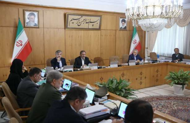 بررسی وضعیت آلودگی هوای کلانشهرها در جلسه امروز دولت