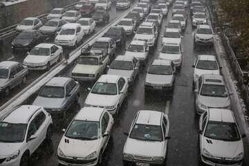 ترافیک سنگین در برخی مقاطع آزادراه قزوین- کرج- تهران
