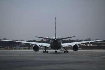 مجلس با تقاضای تحقیق و تفحص از قراردادهای تامین هواپیما مخالفت کرد