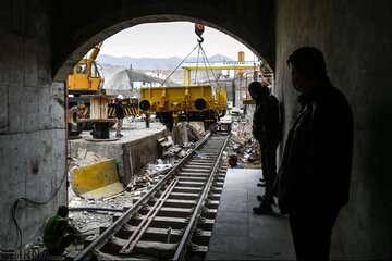 وزیر راه: متروی هشتگرد هفته آینده افتتاح میشود