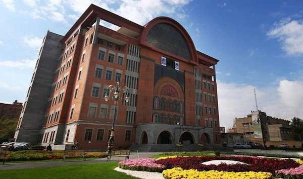 ۳۱۱ مورد دوره آموزشی برای کارکنان شهرداری تبریز برگزار شد