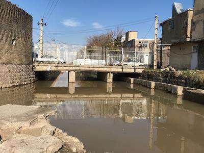 طراحی پل اتصال میدان میوه و تره¬بار به میدان خشکبارمنطقه یک شهرداری در دست تهیه است