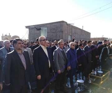 بیش از ۲ هزار مسکن با حضور معاون رییس جمهوری در بردسکن افتتاح شد