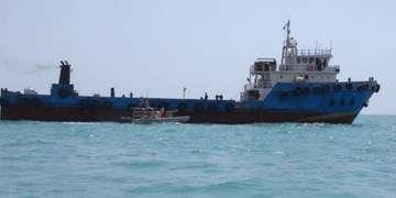 تعلل وزارت نفت در تامین سوخت کمسولفور برای شناورها/ احتمال بروز بحران در حمل کالا
