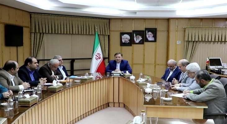 نشست صمیمی استاندار گیلان با اعضای شورای اسلامی رشت