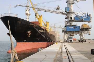 برنامهریزی هند برای سرمایهگذاری ۲۳۵ میلیون دلاری در بندر چابهار/ کاهش ۴۰ درصدی تعرفهها توسط هند در چابهار