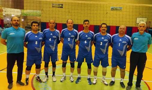 تیم والیبال پیشکسوتان صنعت اب و برق گیلان در مسابقات وزارت نیرو به مقام قهرمانی دست یافت