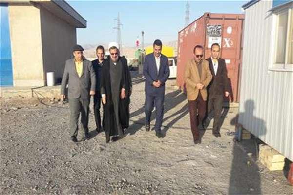 بازدید امام جمعه شهرستان سرخه  از پروژه خط انتقال آب شرب این شهر