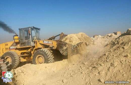 عملیات خاکبرداری پارک محله ای سفیر امید به اتمام رسید