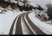 برف و باران در جاده های ۷ استان