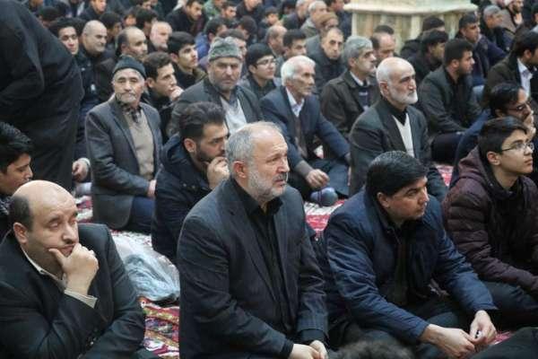 حضور شهردار و سایر پرسنل شهرداری بناب در مراسم گرامیداشت شهید سپهبد قاسم سلیمانی+ تصاویر