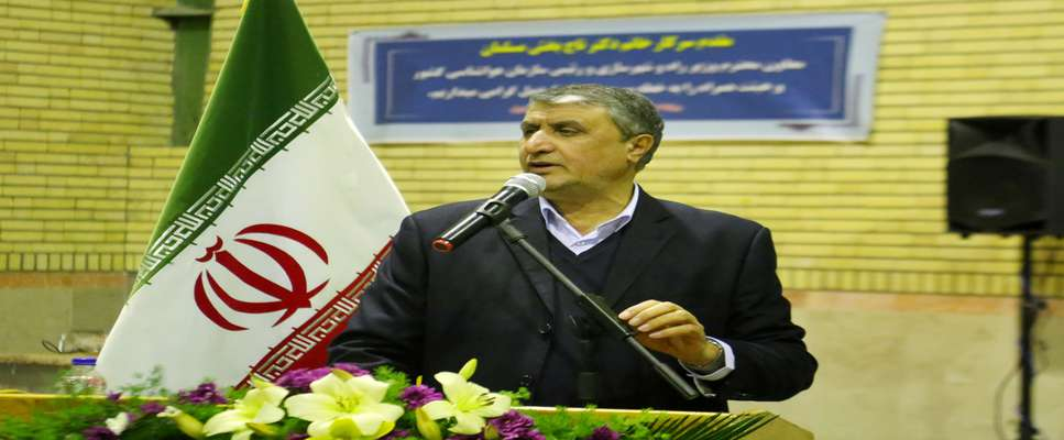 ۱۵۰۰ میلیارد تومان اعتبار به راهآهن اردبیل تزریق میشود/ فعال شدن بخش مسکن محرک اقتصاد است/ ایران تنها کشور بدون بدهی خ...