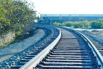 اتصال ریلی و جادهای ایران و آذربایجان در اولویت است/ آغاز عملیات اجرایی بزرگراه آستارا- آستارا