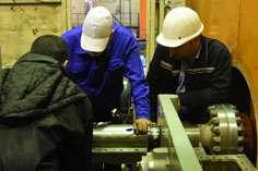 واحد يک گازي نيروگاه قم 14 روز زودتر از موعد مقرر به شبکه سراسري برق پيوست
