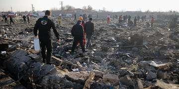 اعلام آمادگی اوکراین برای حضور در کمیسیون بررسی سانحه ۷۳۷/ هواپیما پس از برخورد به زمین منفجر شد