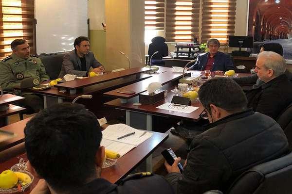 جلسه واگذاری پروژه الهیه و بادامستان با اعضای شورای تامین مسکن پرسنل وزارت دفاع برگزار شد