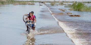 محور شریانی مسدود در سیستان و بلوچستان نداریم/سیلاب به راهها خسارت وارد کرد