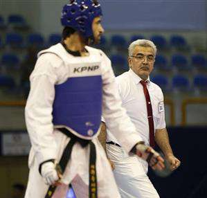 دعوت از کارمند برق منطقه ای خوزستان برای  قضاوت در مسابقات تکواندو قهرمانی اروپا