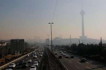 شاخص کیفیت هوای تهران ۱۲۹ و ناسالم برای گروههای حساس