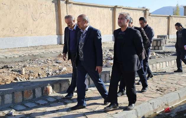 مهندس شاملو معاون عمران روستايي بنياد مسکن انقلاب اسلامي از روستاهای  شهرستان صحنه بازديد نمودند.