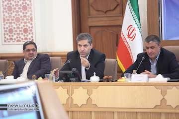 ارایه گزارش واحدهای مسکونی مهر تکمیل، تحویل و فروش اقساطی شده به وزیر راه و شهرسازی