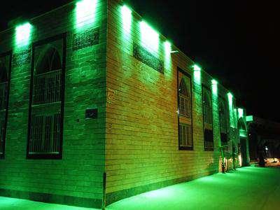 مسجد محله باغ نشاط نورپردازی شد