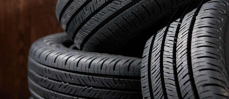 مشکل لاستیک خودروهای سنگین برطرف شد/ لاستیکهای استاندارد در بازار توزیع می شود