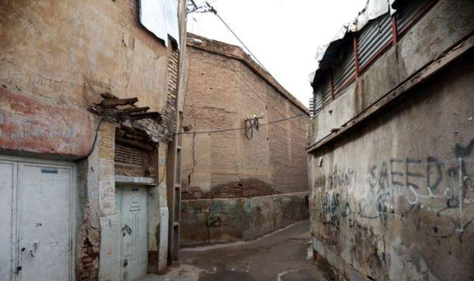 عضو شورای شهر شیراز در دیدار با اهالی درب شیخ: رفع مشکلات محلات بافت فرسوده شیراز را پیگیری میکنیم
