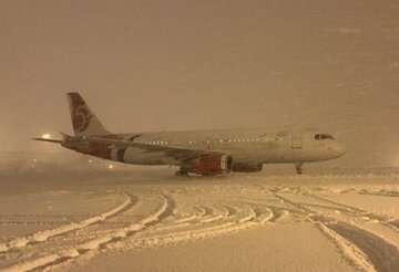 برخی پروازهای فرودگاه امام خمینی (ره) به اصفهان تغییر مسیر دادند