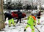 معابر اصلی و شیب دار، اولویت اصلی در برف روبی /شهروندان یاریگر شهرداری ارومیه در این روزهای برفی باشند