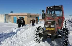 برف روبی مسیر نگهداری تأسیسات آبرسانی روستایی فریمان