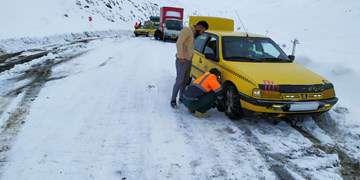 استقرار ۱۲هزار راهدار با ۱۰هزار دستگاه ماشینآلات در جادهها/ مسدودی مسیر به دلیل برف نداریم