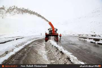 مردم طی دو روز آینده از سفر غیر ضروری بپرهیزند/ آماده باش راهداران در برابر هجوم امشب برف و کولاک به ۱۴ استان کشور