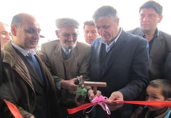 خانه شهروند سیلزده آققلایی توسط وزیر راه به بهرهبرداری رسید