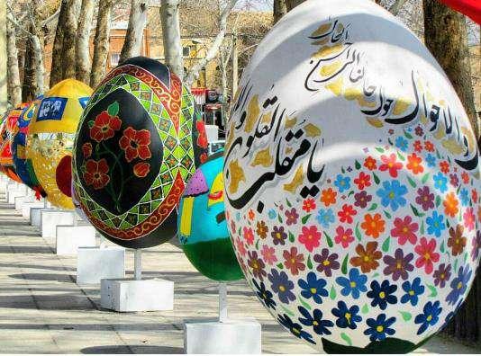 شاهرود با نصب المانهای زیبای نوروزی به استقبال از بهار خواهد رفت