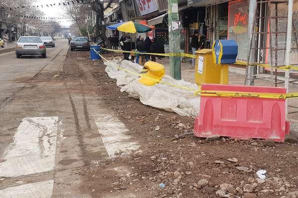 عملیات اجرایی ساماندهی خیابان امام خمینی(ره) آغاز شد