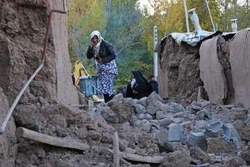 ۶۰۱ هزار تن سیمان اهدایی بنیاد برای مناطق زلزله زده