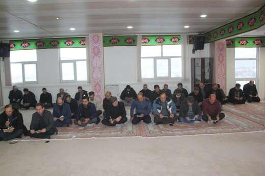 مراسم عزاداری شهادت حضرت فاطمه زهرا (س) در شهرداری منطقه ۱۰ برگزار شد