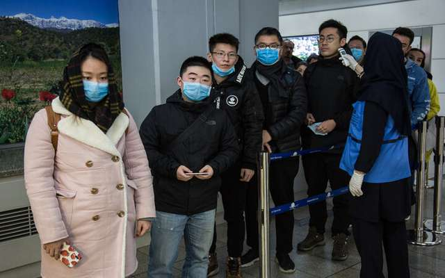 معاینه مسافران چینی با «تبسنج» و «اسکنر حرارتی» در فرودگاه امام