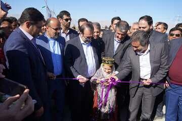 وزیر راه و شهرسازی: ۴۸۰ کیلومتر بزرگراه در فارس در دست احداث است