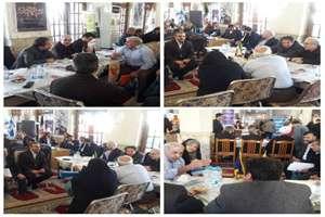 میز خدمت اداره کل راه و شهرسازی گیلان هم اکنون درمصلی امام خمینی (ره) رشت