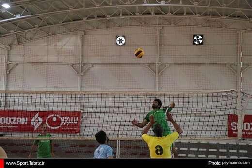 مسابقات چهارجانبه والیبال کارکنان شهرداری تبریز برگزار میشود