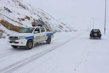 احتمال سقوط بهمن در جادههای کوهستانی