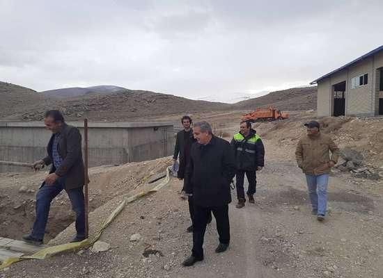مدیر و کارشناسان امور ماکو از پروژه تصفیه خانه فاضلاب این شهر بازدید کردند