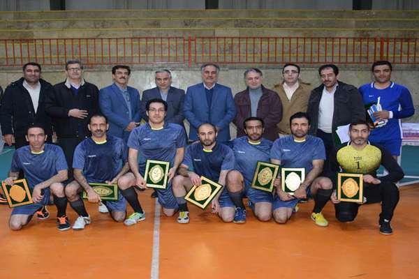 برگزاری مسابقات فوتسال گرامیداشت دهه مبارک فجر در شرکت برق منطقهای غرب