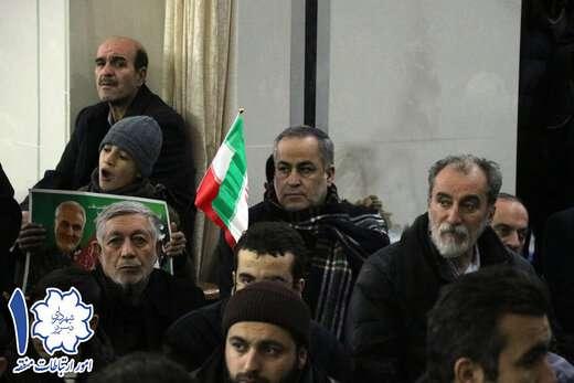 حضور شهردار و کارکنان شهرداری منطقه ۱تبریز در راهپیمائی با شکوه ۲۲ بهمن