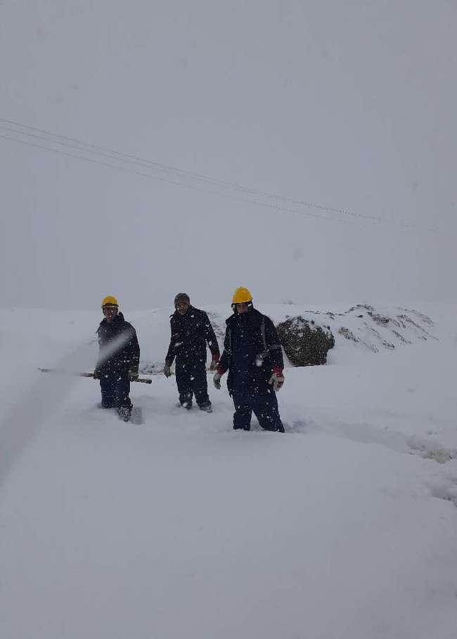 تصاوير برقي در بحران برف گيلان